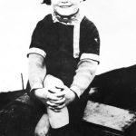 Errol Flynn en los años 10
