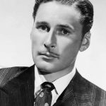 Errol Flynn en los años 30
