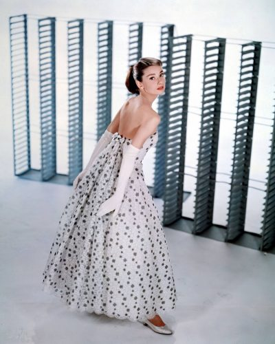 Audrey Hepburn, Una cara con ángel (3)